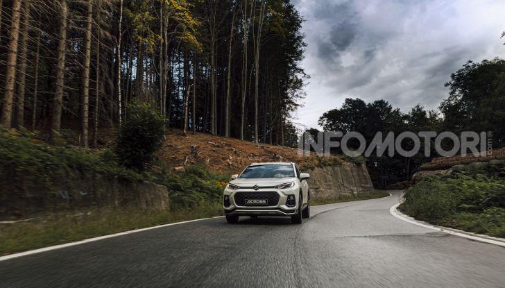 [VIDEO] Suzuki ACross: il SUV ibrido che si sente una sportiva - Foto 17 di 44