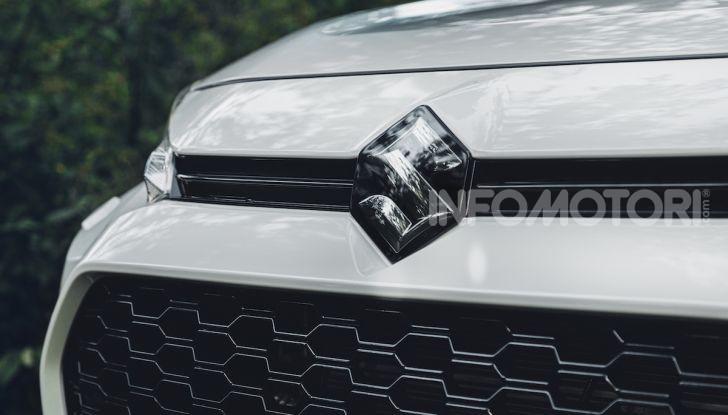 [VIDEO] Suzuki ACross: il SUV ibrido che si sente una sportiva - Foto 6 di 44