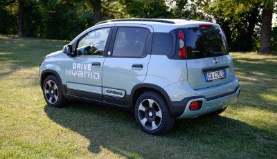 Fiat Panda Hybrid City Cross: consumi ridotti grazie alla conversione a metano