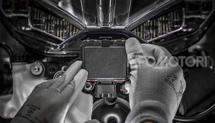 Ducati Multistrada V4: la prima moto con due radar integrati - Foto 1 di 4