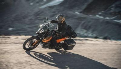 KTM 890 Adventure: strada e sterrato non fa più differenza