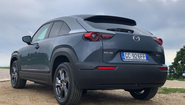 [VIDEO] Mazda MX-30, la prova consumi del SUV Elettrico - Foto 3 di 22