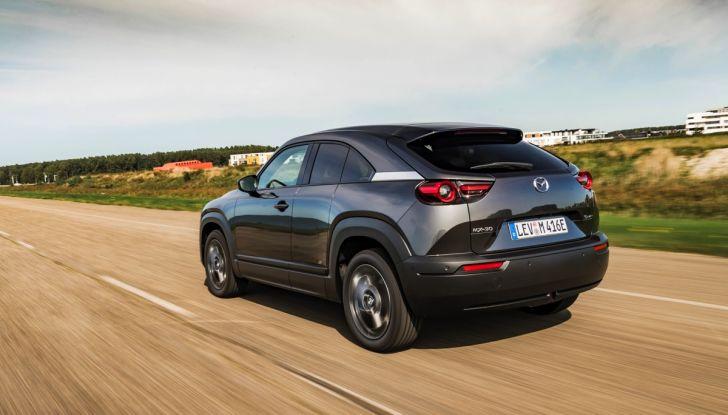 [VIDEO] Mazda MX-30, la prova consumi del SUV Elettrico - Foto 21 di 22