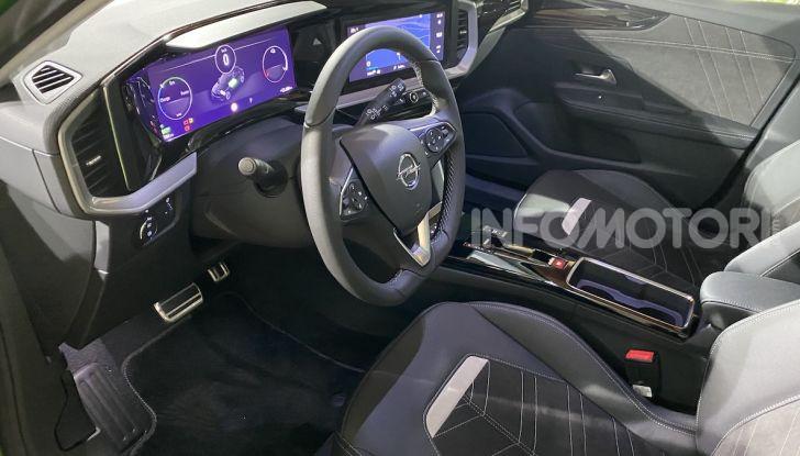 Nuovo Opel Mokka MY2021: prezzi da 22.200 euro o 289€ al mese - Foto 16 di 24