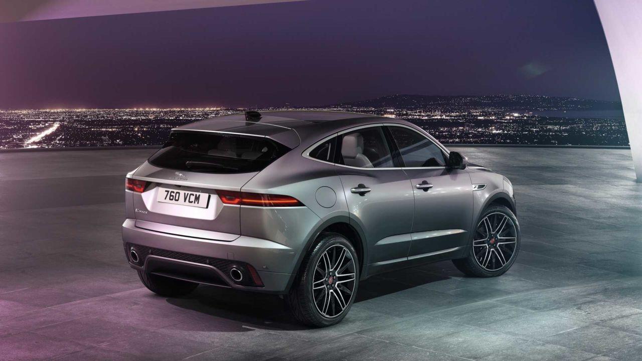 Jaguar E-Pace 2021: il restyling porta l'ibrido, anche ...