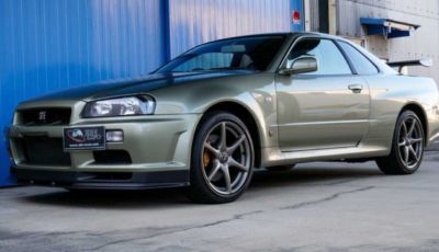 Nissan Skyline GT-R: all'asta la R34 V-Spec II Nur per il Nordschleife
