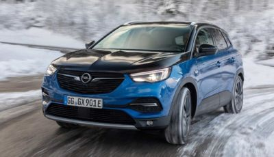 Opel Grandland X 2021: in full electric l'autonomia è di 59 km