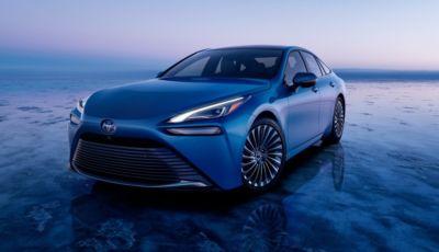 Toyota Mirai 2021: la seconda generazione della berlina da 180 CV arriva a dicembre