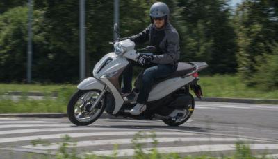 Prova Piaggio Medley 125: il ruote alte per annullare il traffico cittadino