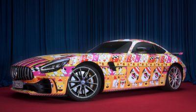 Mercedes: la AMG GT e la Classe G indossano i maglioni natalizi