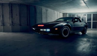 Kitt, la Supercar della serie tv americana è in vendita!