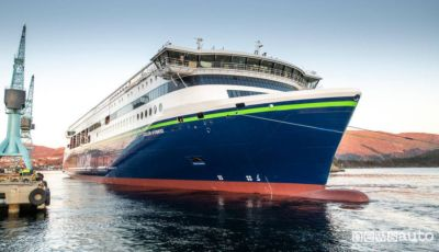 La nave più grande al mondo? È elettrica e arriva dalla Cina