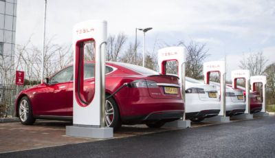 Tesla Supercharger aperti a tutti in Norvegia… ma a certe condizioni