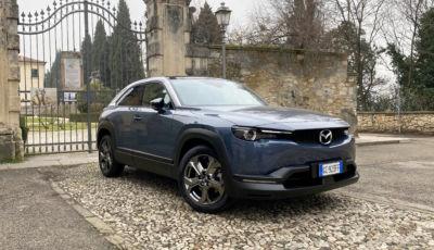 Test Drive Mazda MX-30, la urban car elettrica polivalente