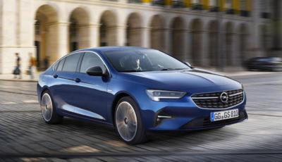 Su Opel Insignia debutta la nuova tecnologia a LED