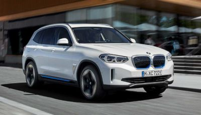 [VIDEO] Prova su strada BMW iX3 2021, il SUV elettrico: caratteristiche, prezzi e consumi