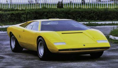 Lamborghini Countach: la LP500, erede della Miura, compie 50 anni
