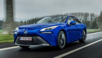 Toyota Mirai 2021: la berlina a idrogeno arriva a fine marzo da 66.000 Euro