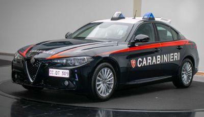 L'Arma dei Carabinieri dà il benvenuto all'Alfa Romeo Giulia da 200 CV