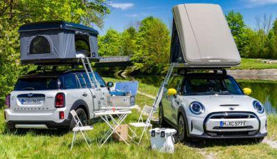 Un'idea per il campeggio? La tenda da tetto per Mini Cooper SE e Countryman
