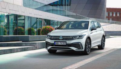 """Volkswagen Tiguan: la Allspace 2022 a """"passo lungo"""" è pronta al debutto"""