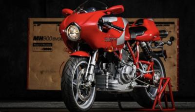 All'asta una Ducati MH900 dedicata a Mike Hailwood