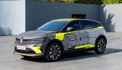 Renault Megane E-Tech Electric: le foto della versione pre produzione