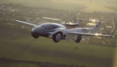 L'auto della Klein Vision prima vola… e poi circola su strada!