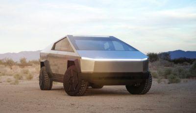 """Tesla Cybertruck: il """"carro armato"""" di Musk avrà le ruote posteriori sterzanti!"""