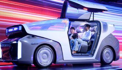 Baidu passa all'auto elettrica: ecco la robocar a guida autonoma di Livello 5