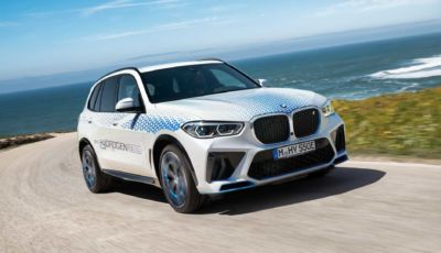 BMW presenterà la iX5 Hydrogen al Salone di Monaco 2021