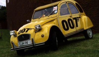 La Citroën 2CV di James Bond festeggia il suo 40° anniversario