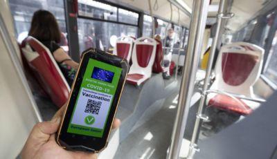 Green Pass: obbligatorio anche per scuola e trasporti dal 1° settembre