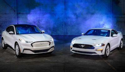 Ford Mustang Coupé e Mach-E in versione speciale Ice White Edition