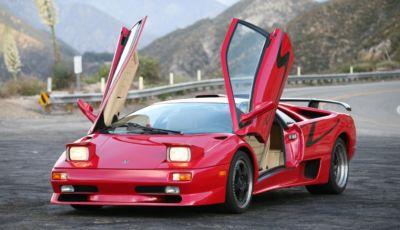 La Lamborghini dei sogni è all'asta: ecco una Diablo SV rossa del 1998!